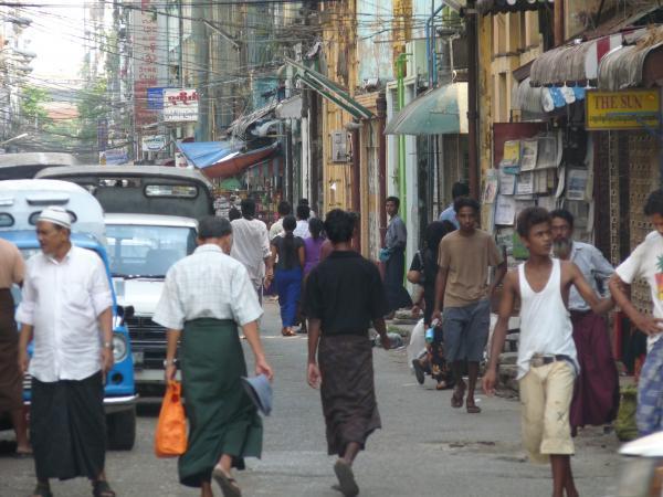 Birmanie - Rangoon : Downtown
