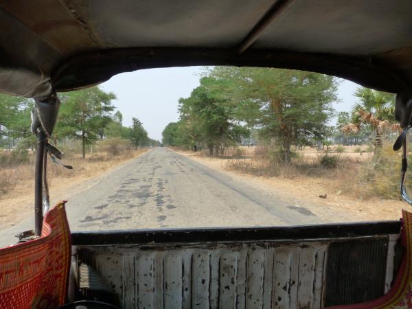Birmanie - Sur la route du Mont Popa