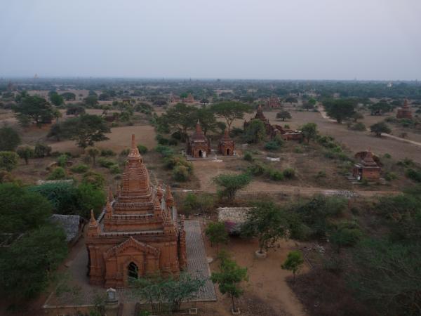 Birmanie - Bagan : Temples à perte de vue !